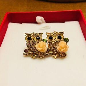 Jewelry - Owl Rose Stud Earrings
